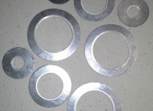Graphite flange gaskets  reinforced with metal ring
